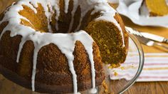Family tired of pumpkin pie? Let them eat cake this time!