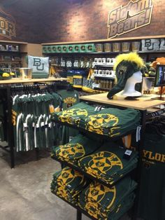 Impressive #Baylor section at the new HEB on Valley Mills! #SicEm (via bu_ad1 on Twitter)