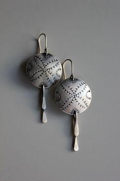Earrings | Rachelle Darrow.  'Blazing Stars'.  Sterling silver.