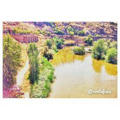No nos olvidemos que Toledo no sería Toledo sin su Tajo #igers #toledo #igerstoledo #turismo #toledoturismo #toletum #spain #amatoledo #tw #EstaEs_CastillaMancha #EstaEs_Espania #mobile_hdr #world_great #igersspain #fotodeldia #daros_city
