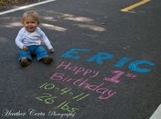 1st Birthday shoot!  Cute idea!
