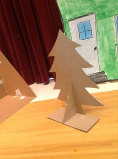 Easy-to-build houses for elementary school musicals - Rhythm and Glues