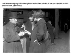 Vintage Photos Of Interesting Nuggets In History (19 Pics) - Blur Brain
