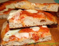 Pizza in teglia con lievito madre