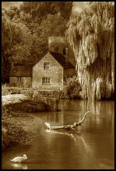 The Round House Lechlade on Thames