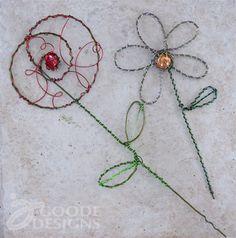 wire garden, idea, garden art, garden wire, wire hangers, pretti wire, gardens, wire hanger crafts, wire clothes hanger crafts