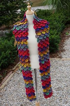 Rio Crocodile Stitch Scarf - hot free crocodile stitch crochet pattern!