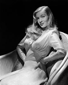Veronica Lake, classic style