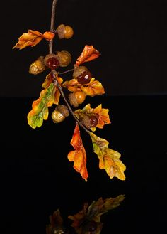 How to Make Isomalt Acorns & Wafer Paper Leaves