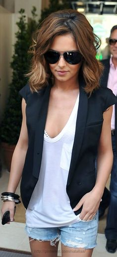 Cheryl Cole hair- if I ever cut my hair short again I like this style.