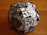 Make polyhedra from Magic cards.