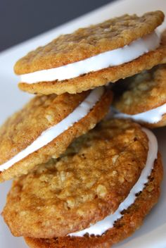 Who doesn't love little Debbie's Oatmeal Cream Pies? Here's the homemade version and even better, the recipe calls for ingredients you have in your kitchen and is dairy free!