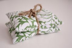 DIY cold/hot comfort sacks. Great gift idea and seems to be an easy sewing project.