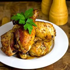 Slow Cooker Roasted Drumsticks by themidnightbaker: Yes, you can roast in a slow cooker! #Chicken #Roasted #Slow_Cooker