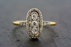 Art Deco Ring -  Antique Diamond Art Deco 18ct Gold & Platinum Ring