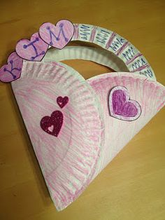 Paper Plate Valentine Bag...there is also a printable for a Valentine Love Butterfly