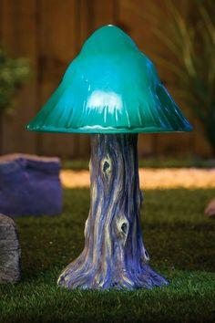 Green Solar Mushroom Garden Light.