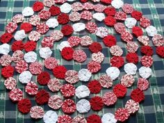 fabric yo yos made into a garland; use on tree with country theme
