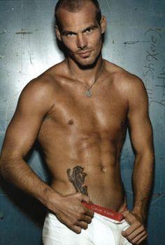 eye candi, men tattoos, sleeve tattoos, hot, fredrik ljungberg, freddie ljungberg, phoenix tattoos, male models, freddi ljungberg