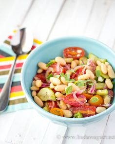 Greek Salad with Canellini Beans - low cal, low fat, gluten free, dairy free, vegan and SO DELICIOUS!! via Linda Wagner
