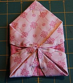 What a beautiful needle case and great tutorial too.