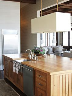 Grounding your #kitchen with a natural #wood #island allows for endless combinations on the other finishes to capture your #personal style.