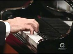 Mozart: Piano concerto n. No. 21 in C major, K.467 Pollini-Muti