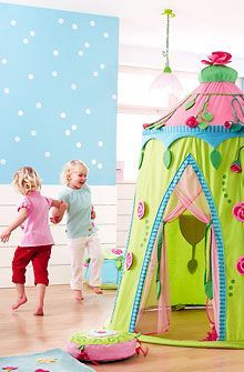 Cute little girl's tent - I could make this!