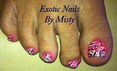 Love toenail art