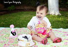 1st birthday party photo pose #girl #smashcake #firstbirthday #girl