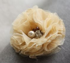 boutineer flower
