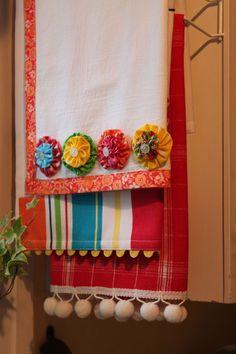 darling kitchen towels! Opulent Cottage blog.