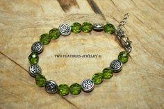 Celtic Knot Bracelet  Olive Green Bracelet  by TwoFeathersJewelry, $21.95 Celtic Knot Bracelets, Olive Green, Etsy Marketplace, Celtic Knots, Green Bracelets, Bracelets Galore, Knots Bracelets, Bracelets Olive, Idée Bijoux