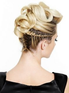 Stylish Holiday Hairstyles