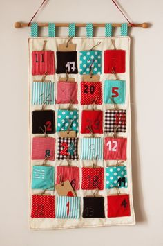 Calendario de adviento de tela y patchwork. Advent's calendar.