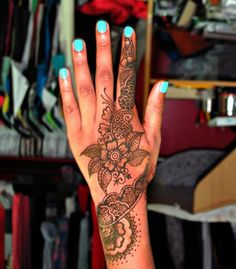 love henna!