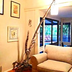 DIY driftwood lamp from a large piece of driftwood found on the beach. www.coastalvintage.com.au