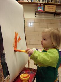 tons of easel ideas for toddlers // open-ended art for young children.