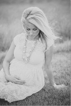 Alexa Jean: Maternity Photos // Courtney Sargent Photography