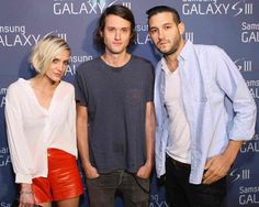 Ashlee Simpson rocks red leather shorts at Samsung Galaxy S III event