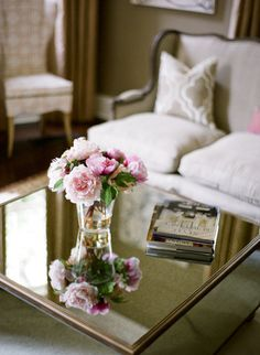that mirrored coffee table!!