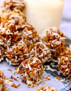 Date Balls -- gluten-free, gooey, crunchy, caramel-y, hard to stop eating the whole batch