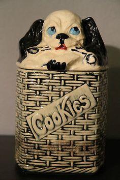 VINTAGE McCOY PUPPY IN BASKET COOKIE JAR