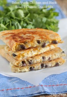 Salsa Verde Chicken and Black Bean 3 Cheese Quesadilla - Picky Palate #chickendinner #quesadilla #mexican #quickfixdinner