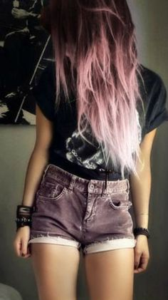Pastel pink and brown at the top <3 Dip Dye Hair, Ombre Hair, Pastel Pink, Grunge Shorts, Summer Outfits, Pastel Grunge Fashion, Grunge Fashion Pastel, Grunge Pastel Hair, Pastel Grunge Style
