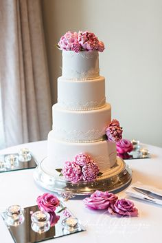 Simple and Pretty Tiered Wedding Cake