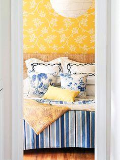 Blue yellow bedrooms on pinterest navy yellow bedrooms for Bright bedroom wallpaper