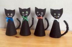 Halloween felt kitties