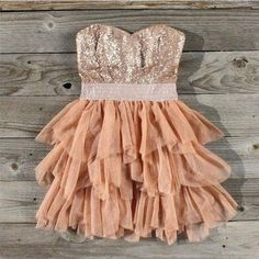 pretty in peach