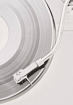 Relax to the rhythms of your favorite silver-tongued chanteuse. #TiffanyPinterest #silver #recordplayer